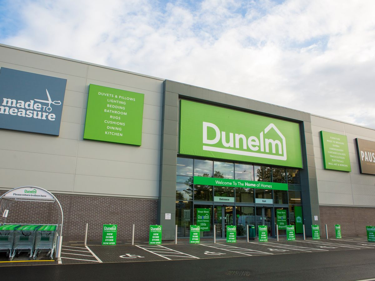 Dunelm announces a final dividend of 20.5p and a special dividend of 32.0p