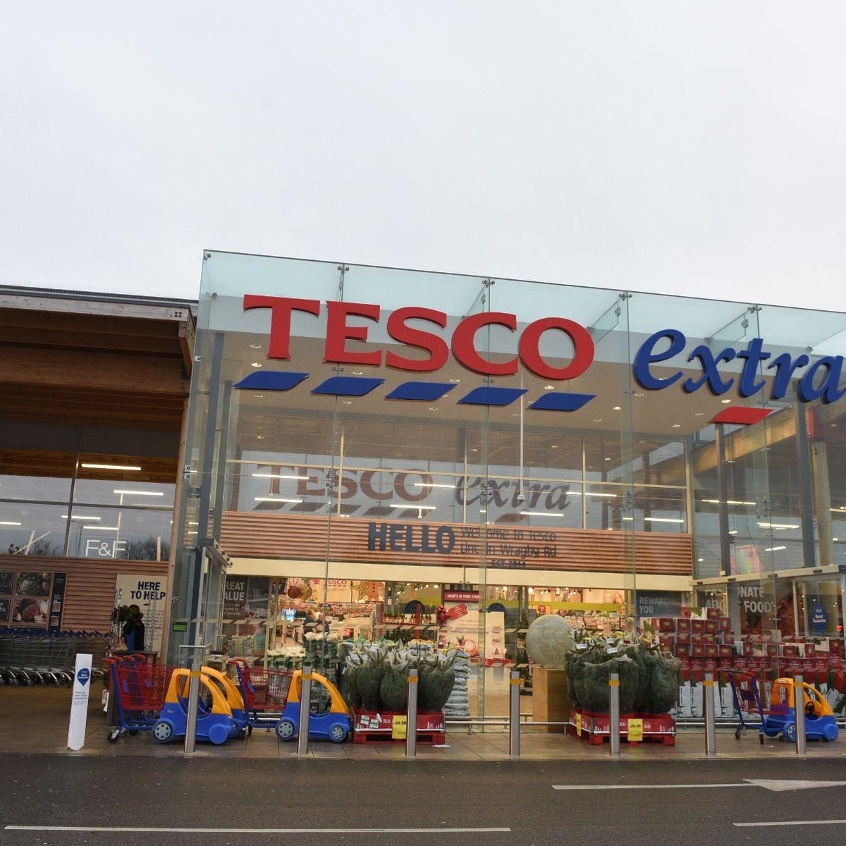 Tesco plc announces an interim dividend per share 3.20p