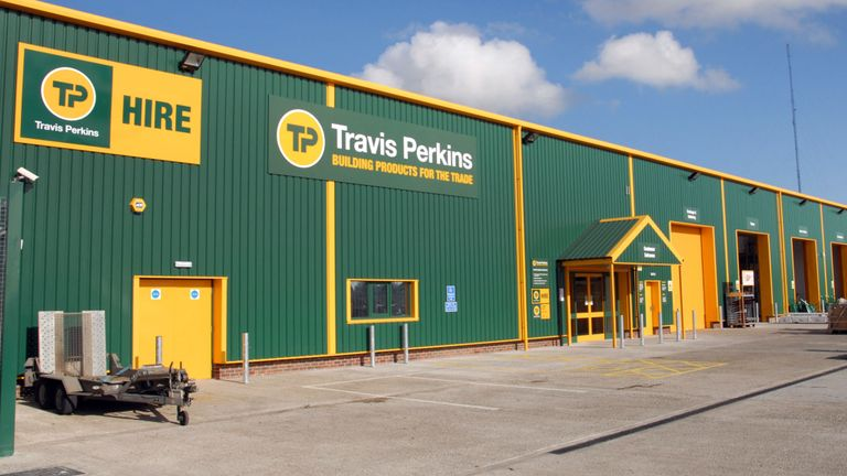 Travis Perkins recommends a full-year dividend increase 3.2%