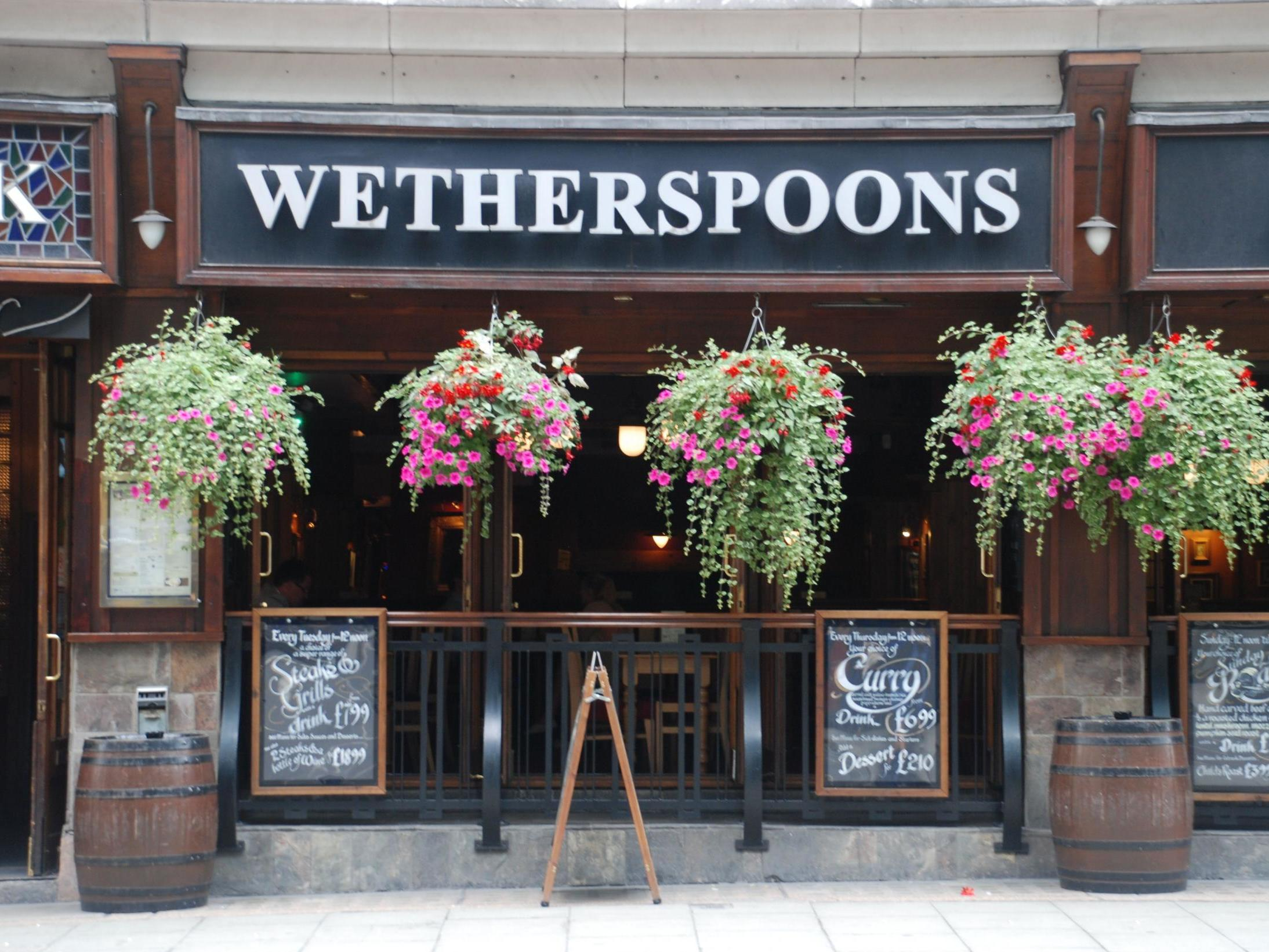 Wetherspoons maintains dividend at 12.0p